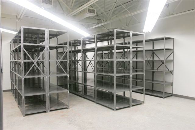 Pallet racks shelving cabinets storage solutions for Parts room organization